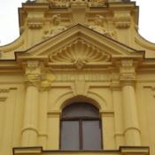 A503A5A_Sítě proti holubům fasáda Praha Karlovo náměstí -protiholubum.cz