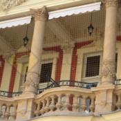 A514 Sítě proti holubům Karlovy Vary Quisisana Palace - protiholubum.cz