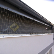 A201A2_Síť proti holubům římsa -protiholubum.cz